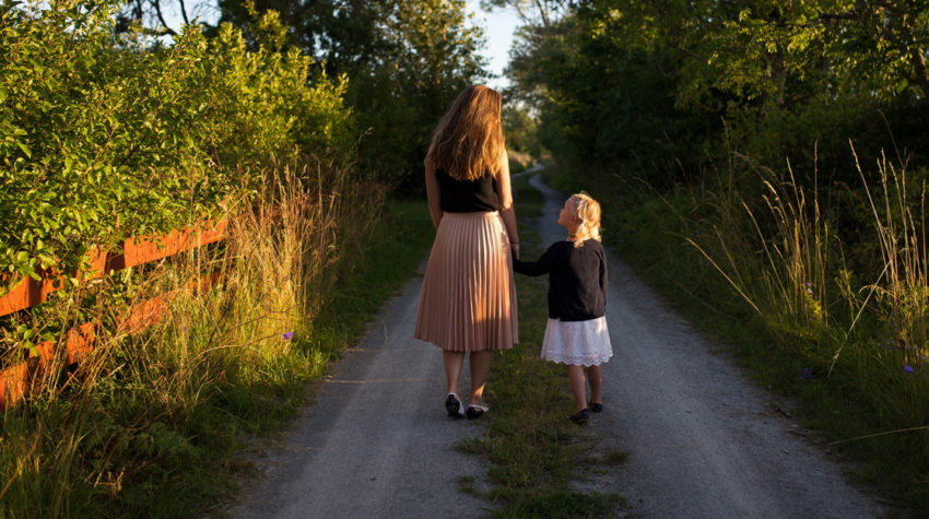 3 Ways To Be An Emotionally Safe Parent in 2017